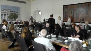 Volles Rathaus bei der historisch bezeichneten Pressekonferenz