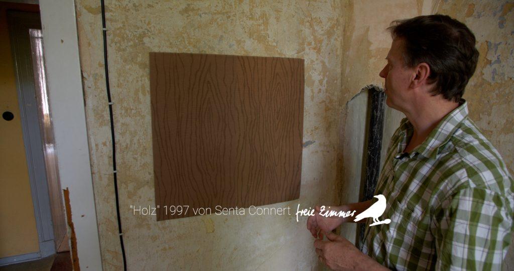 """Ein Kunstwerk, das zu irritieren versteht - """"Holz"""" von Senta Connert"""