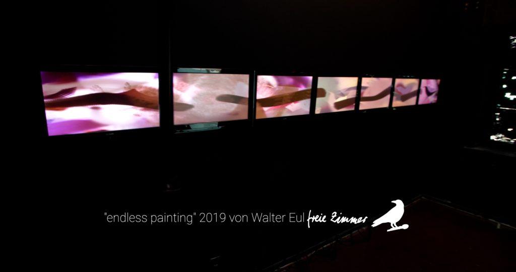 """Die Videoinstallation von Walter Eul """"endless painting"""" in Zimmer 8"""